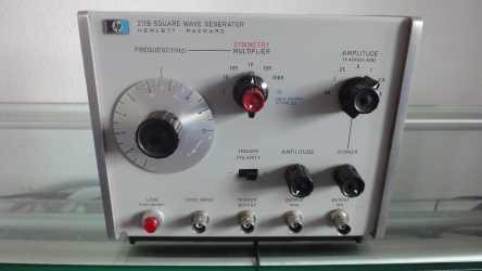 HP 211 B Wavegenerator